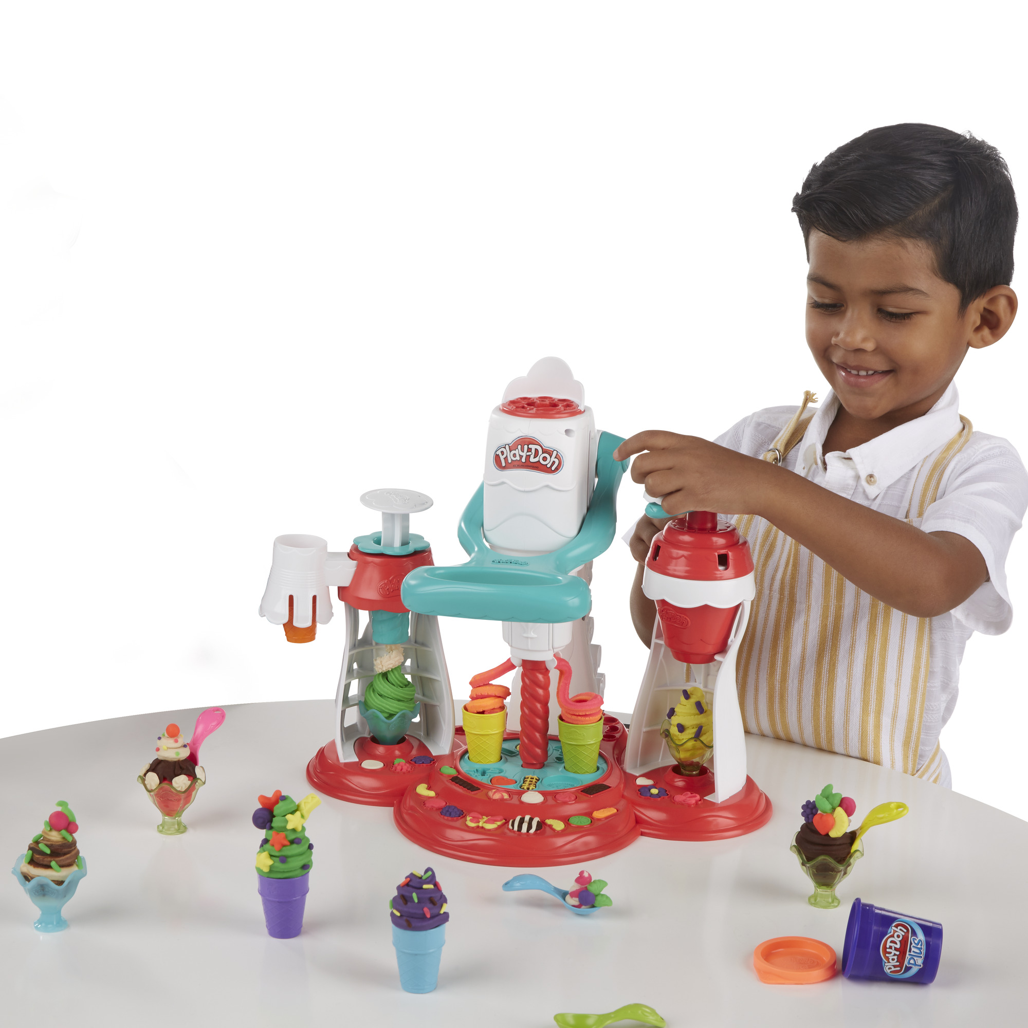 Play-Doh Kitchen Creations Ultimate Swirl n/' Scoop Ice Cream Maker Play Food